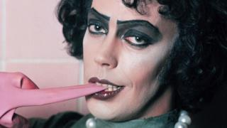 Il remake TV di The Rocky Horror Picture Show avrà la voce narrante di Tim Curry