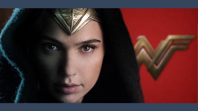 Il logo e la foto ufficiale della protagonista di Wonder Woman