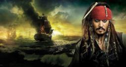 Johnny Depp è Jack Sparrow in un'immagine dal film