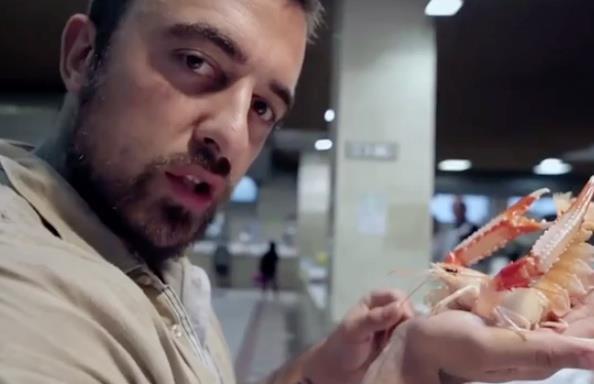 Chef Rubio in fase di vestizione