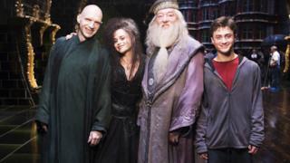 Harry Potter con Voldemort, Bellatrix, Silente in una foto sul set