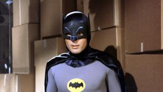 Batman, impersonato dal defunto Adam West