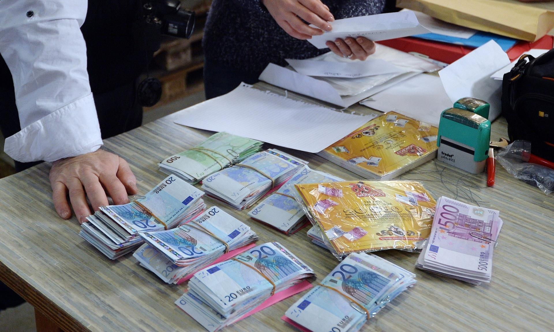 Le banconote dell'edizione sorpresa del Monopoly