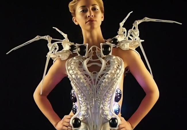 Lo Spider Dress: il vestito ragno