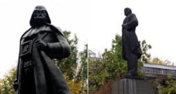 La statua di Darth Vader, plasmata su quella di Lenin