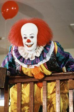 Pennywise nel primo live-action di IT