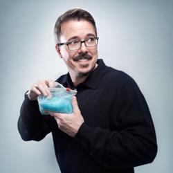 Vince Gilligan in una foto promozionale del suo Breaking Bad