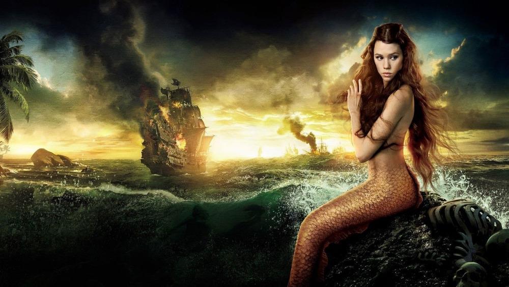 Una delle sirene di Pirati dei Caraibi in un'immagine promozionale del film