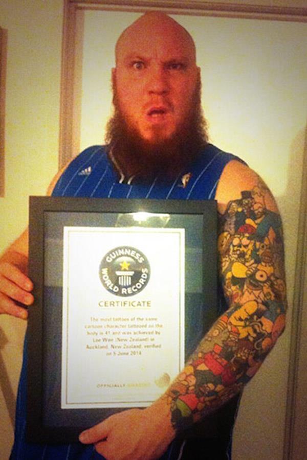 Guinnes Record per uomo più tatuato
