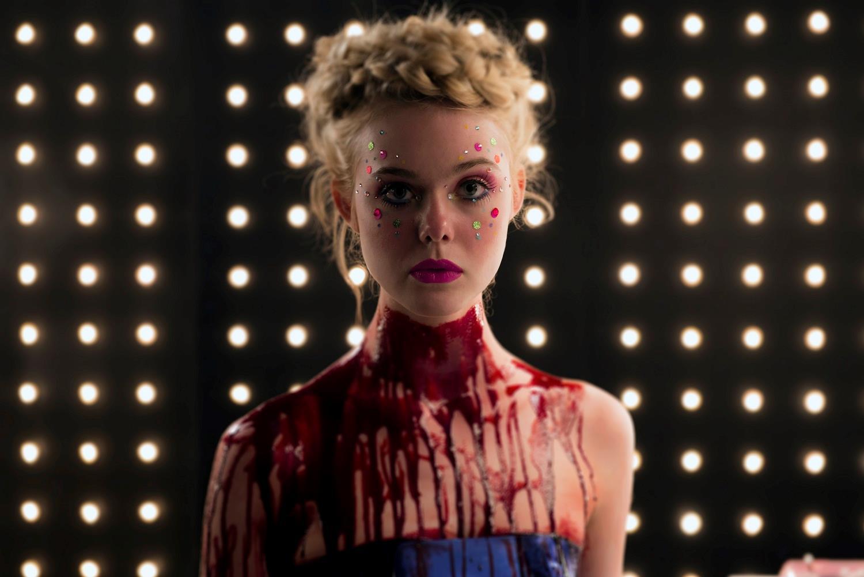 Nel cast del film The Neon Demon spiccano Elle Fanning e Keanu Reeves