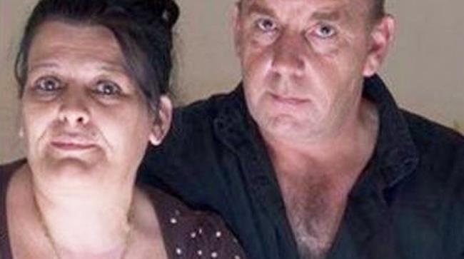 Coppia inglese con un fantasma in casa che disturba la signora