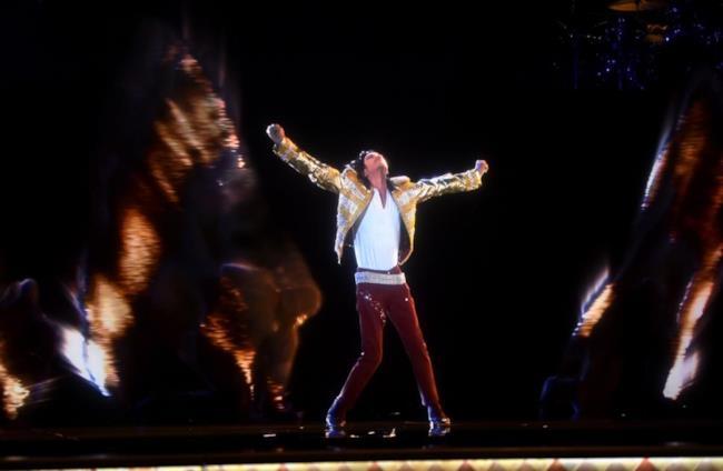 L'ologramma di Michael Jackson ai Billboard Music Awards 2014
