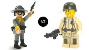 Un omino lego contro un omino Playmobil