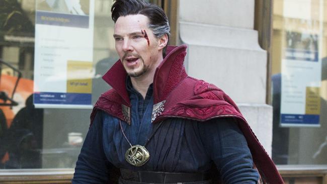Benedict Cumberbatch sul set di Doctor Strange a New York