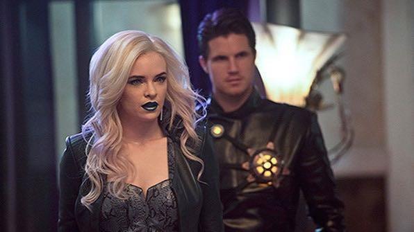 Deathstorm e Killer Frost in the Flash foto e trailer