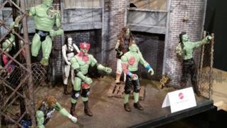 Combattenti in formato zombie per una nuova linea di giocattoli