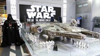Questo modellino del Millennium Falcon sembra uscito dal set di Star Wars