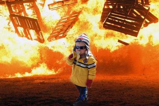 meme Carter con esplosione