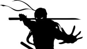 La silhouette di un guerriero ninja
