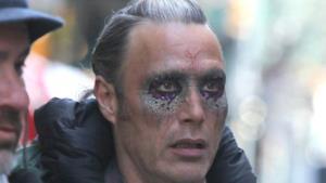 Mads Mikkelsen sul set di Doctor Strange