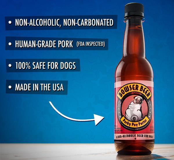 Una bottiglia di birra per cani su un tavolo