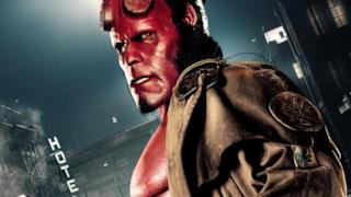 Ron Perlman nel ruolo di Hellboy