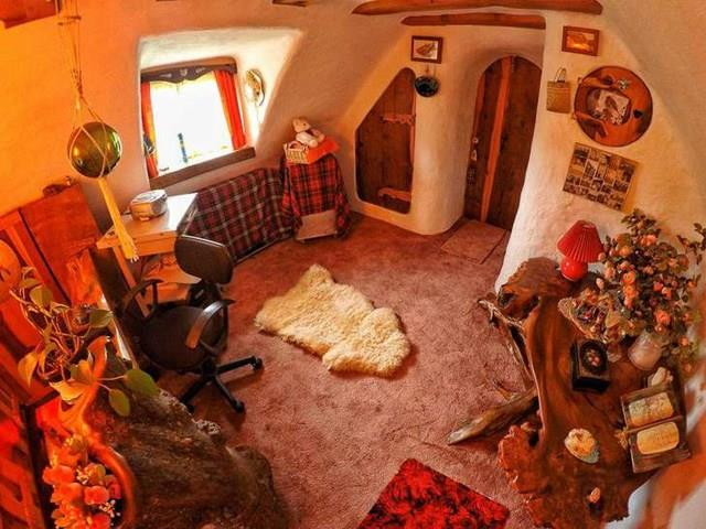 Lo studiolo di Bilbo nella casa scozzese dello Hobbit