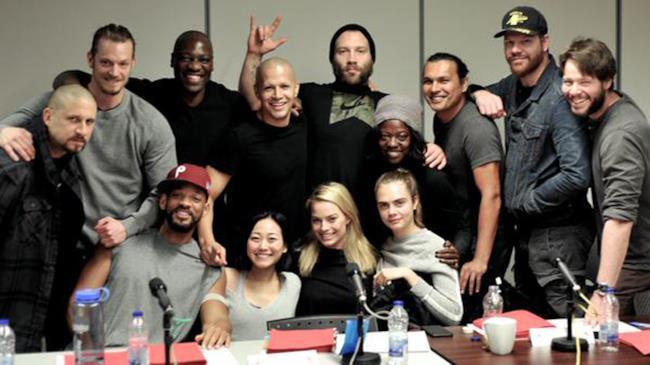 Il cast di Suicide Squad durante la lettura del copione
