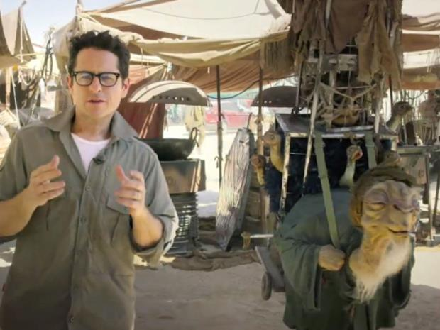 j.j. abrams sul set di star wars 7