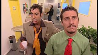 Luca e Paolo in una scena di Camera Cafè