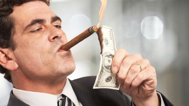 Un milionario californiano ha deciso di regalare dei soldi in una sorta di caccia al tesoro