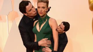 I migliori meme del bacio di John Travolta agli Oscar 2015