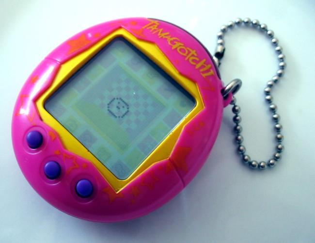Un dispositivo Tamagotchi