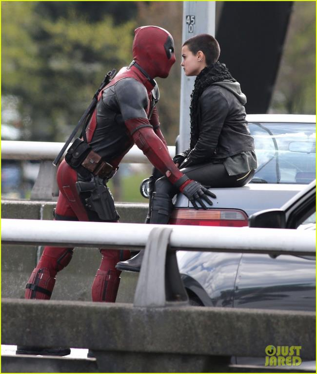 Negasonic Teenage Warhead sul set di Deadpool