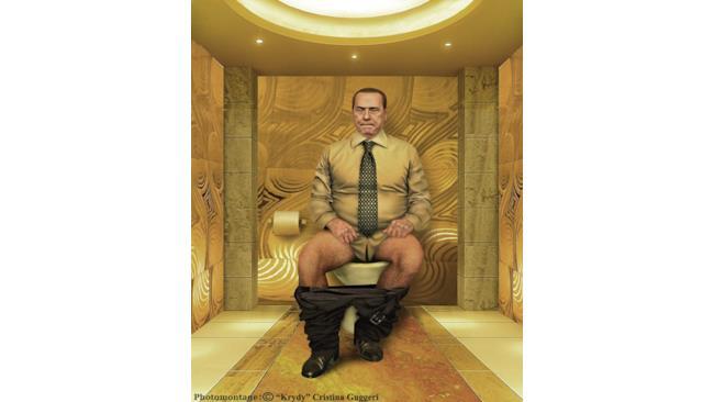 Silvio Berlusconi in un bagno dipinto d'oro