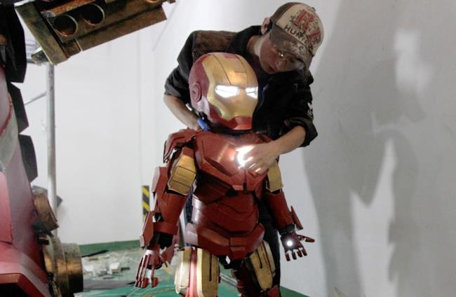 L'armatura di Iron Man in miniatura
