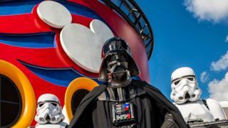 Darth Vader a bordo della nave Disney