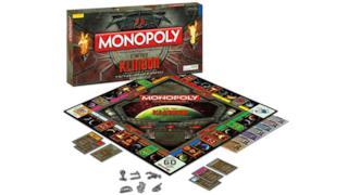 La superficie di gioco del Monopoly-Klingon di Star Trek