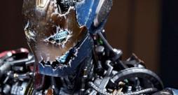 Un primo piano dell'Ultron Mark I