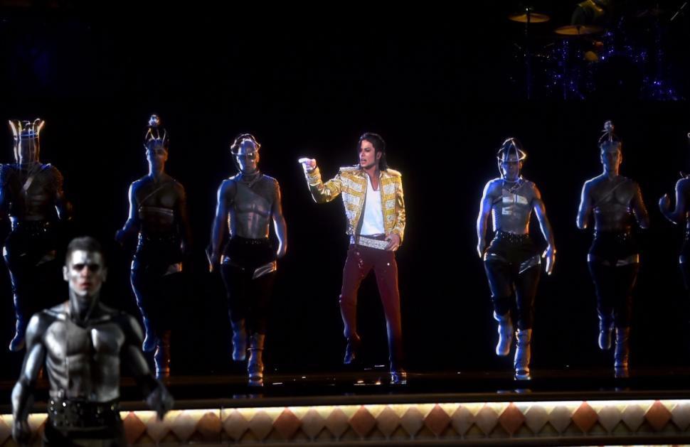 michael jackson ologramma balla ai Billboard Music Awards