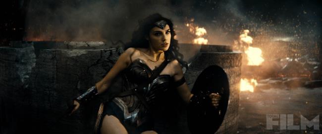 Gal Gadot nel ruolo di Wonder Woman in Batman v Superman