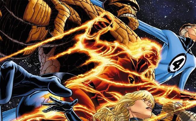 I Fantastici 4 in posa in una tavola di fumetto