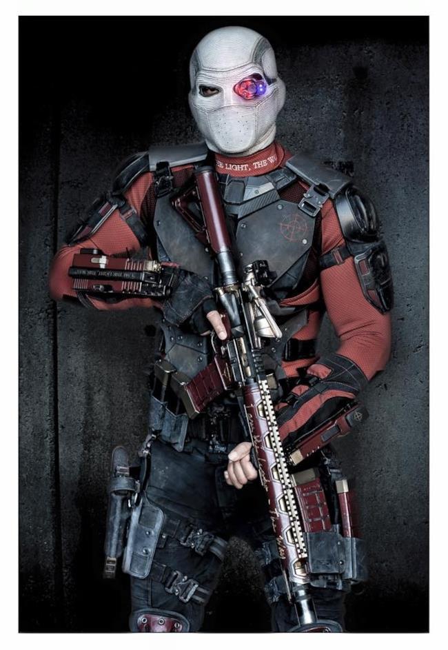 Prima immagine ufficiale di Deadshot in Suicide Squad