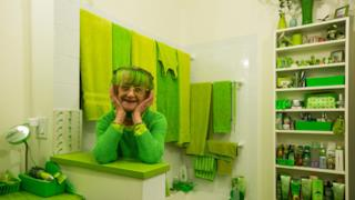La lady in green di New York è l'artista Elizabeth Sweetheart