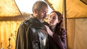 Stannis e Melisandre in una scena di Game of Thrones