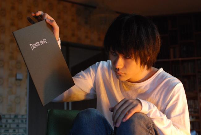 Il ruolo di L nella nuova serie TV su Death Note passa da Ken'ichi Matsuyama a Kento Yamazaki