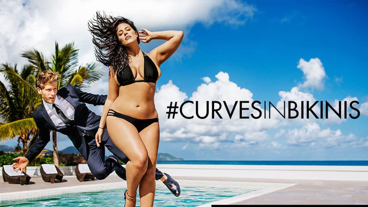 La modella oversize Ashley Graham per CurvesinBikinis