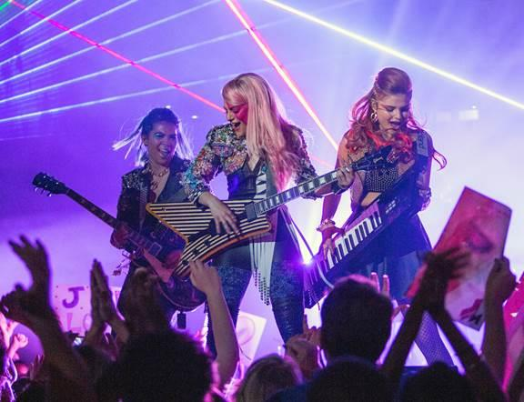 La prima foto ufficiale del film Jem and The Holograms (2015)