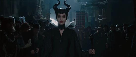 Angelina Jolie in una scena di Maleficent