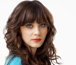 Un primo piano di Zooey Deschanel